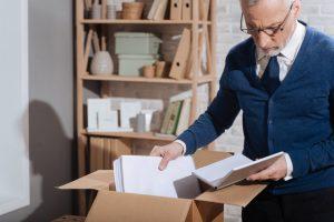 Как уволиться работающему пенсионеру без отработки
